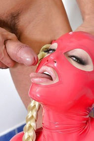Latex Lucy Blowjob