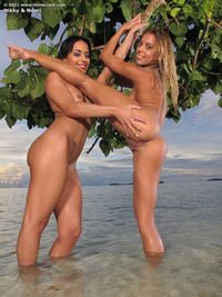 Nomi Melone and Nikky Thorne
