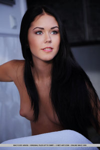Alluing Black-haired Macy B