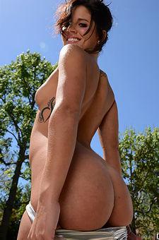 Missy Maze Enjoys Her Dildos While Sunbathing