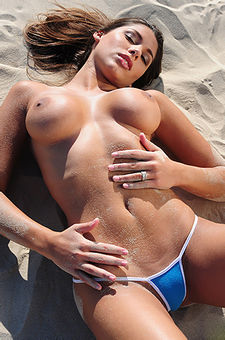 Meet Zafira On This Paradise Island