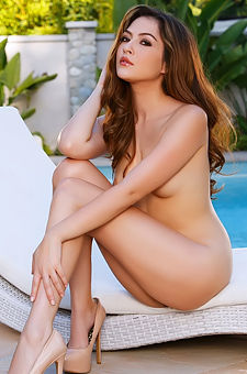 Cassie Laine Undressing By The Pool