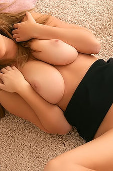 Shay Laren Busty Brunette Gets Naked
