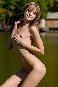 Amelie Naked By The Lake