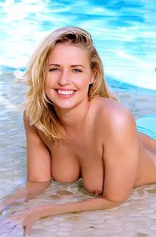 Blonde Babe On Her Blue Bikini Topless