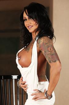 Sexy Tattooed Ashton Blake