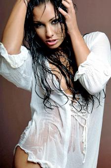 Anetta Keys In Wet Shirt