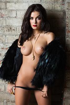 Glamour Erotic Babe Alexandra Tyler