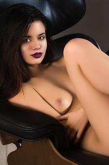 Dark Lipped Latina Teen Carmen Summer