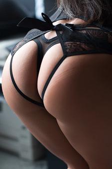 Hot Black Babe