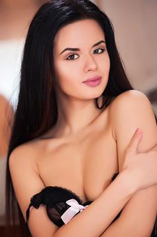 Ukrainian Babe Carmen Summer