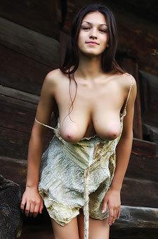 Sofi A Naked
