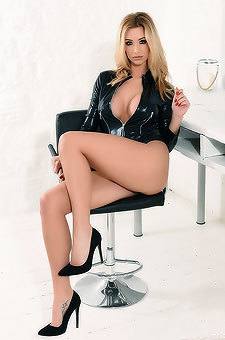 Busty Dani Anderson In Sexy Latex Dress