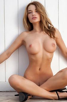 Gorgeous Bikini Babe Nici