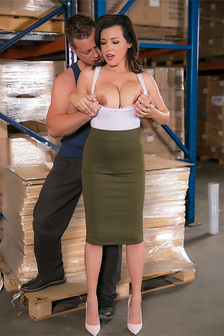 Big Tits Office Chicks Fusck With A Worker